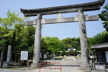 長崎県護国神社 (1).JPG